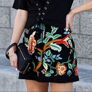 Zara Floral Embroidered Black Miniskirt - Size XL
